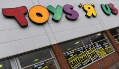 toys r 240x140 - El fin de las tiendas Toys 'R' Us llega al Reino Unido