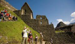 turismo en el peru 240x140 - Coronavirus en Perú: 300 mil puestos de trabajo en turismo se perderán en los próximos meses