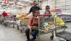 venezuela peru retail 240x140 - Venezuela, el país donde un huevo cuesta lo mismo que 93,3 millones de litros de gasolina