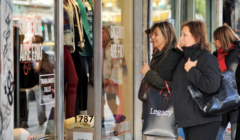 ventas minoristas crecen en argentina 240x140 - Ventas minoristas británicas podrían sufrir la mayor caída desde 2009