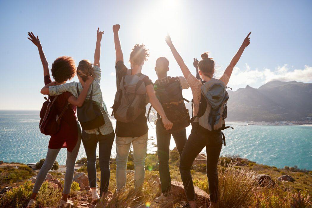 viajeros millennials perú retail - CyberDays: ¿Cuál es el perfil de los millennials y centennials viajeros?