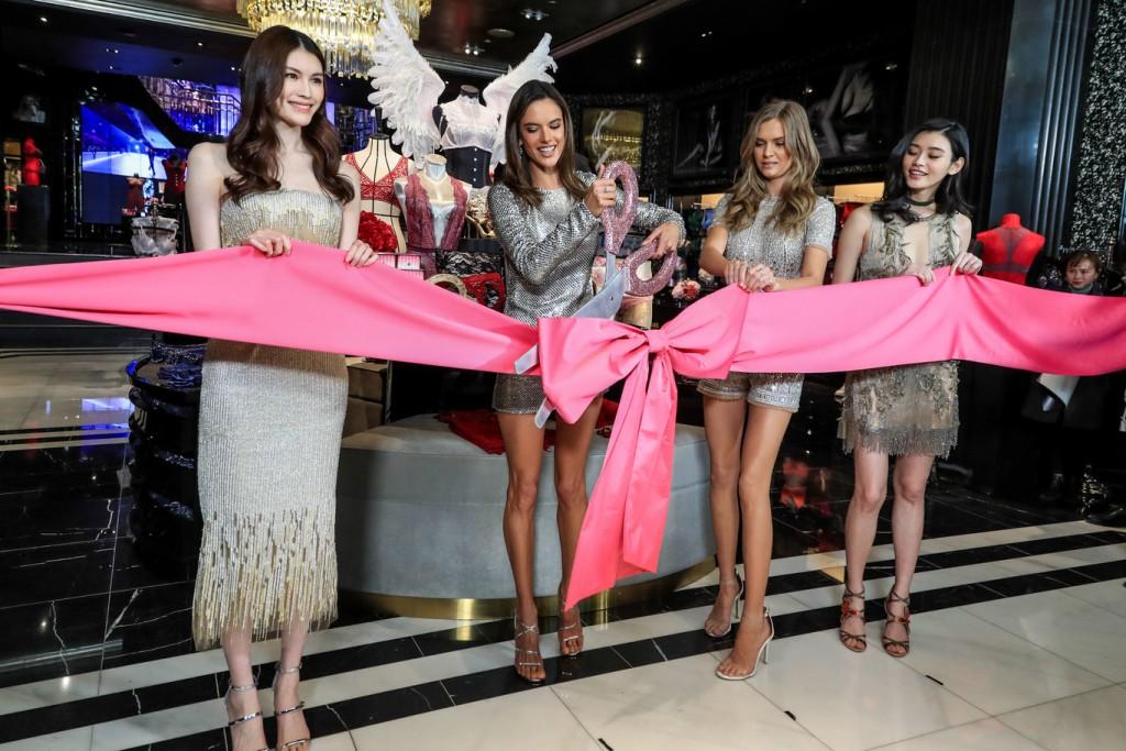 victoria secret madrid 1024x683 - Victoria's Secret y el rayo de esperanza para revivir la marca