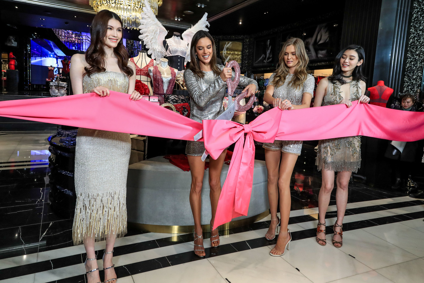 victoria secret madrid - Victoria's Secret abrirá su quinta boutique en Madrid