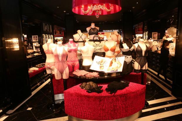 victorias secret perú retail - Victoria's Secret y el rayo de esperanza para revivir la marca