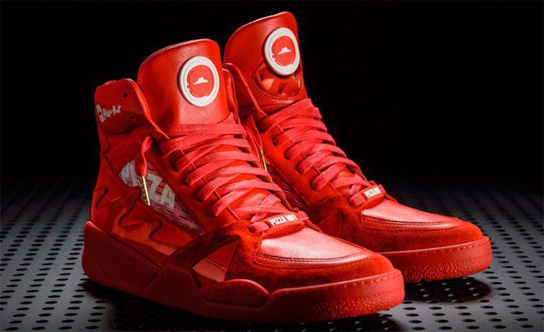 zapatos pizza  - Regresan las zapatillas creadas por Pizza Hut que sirven para hacer pedidos