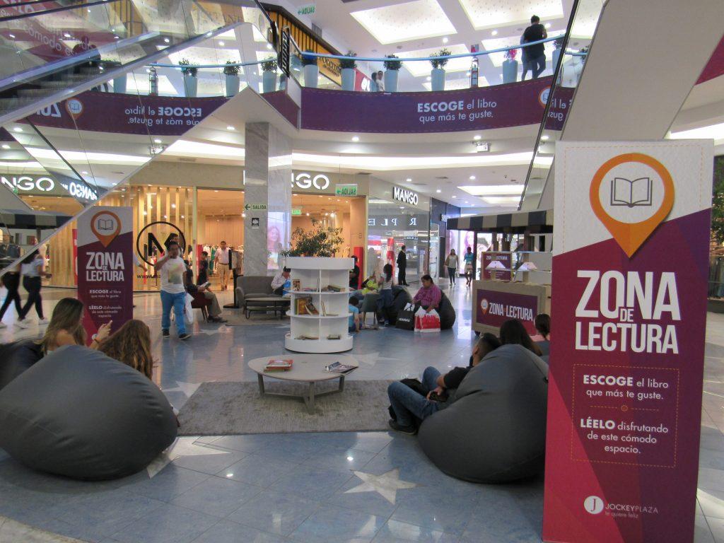 zona de lectura 1024x768 - Mall Aventura y Jockey Plaza implementan espacios de trabajo con Wifi gratis
